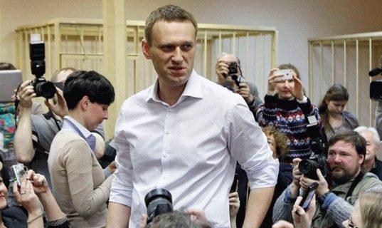 Прохоров судится с Навальным за один рубль!