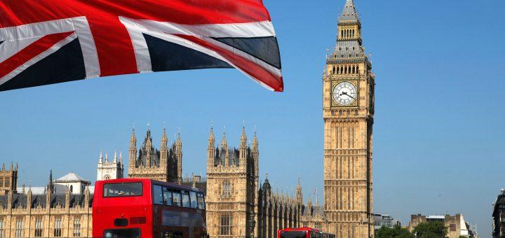 Великобритания утвердила чёрный список российских олигархов