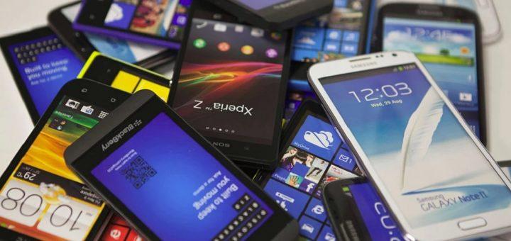 В России планируют запретить продажу смартфонов без отечественного софта