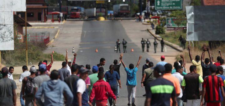 Америка отправила в Венесуэлу просроченные лекарства и испорченные продукты