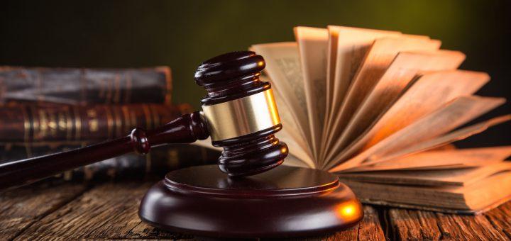 Госдума приняла в окончательном чтении законопроект об оскорблении власти