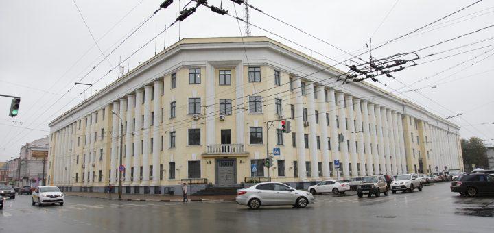 Роскомнадзор требует удалить новость об оскорбительной надписи в адрес Путина